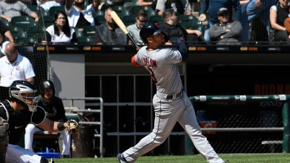 Luplow's 2 HRs lead Indians' charge over White Sox