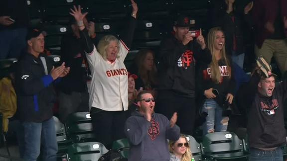 Anderson debuts with hit; mom goes crazy