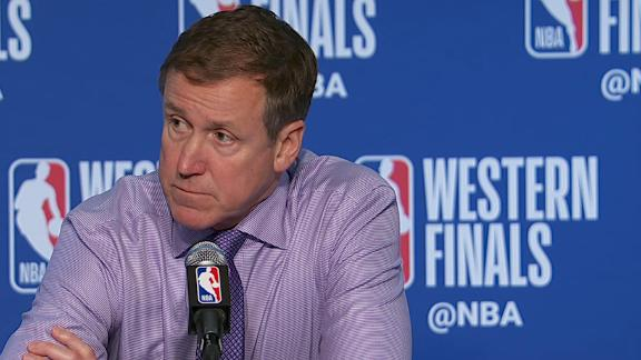 Stotts confused when asked about defending Steph