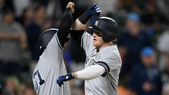 Clint Frazier hits 2 HRs in Yankees' rout