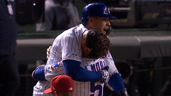 Baez hits walk-off single for Cubs in 9th