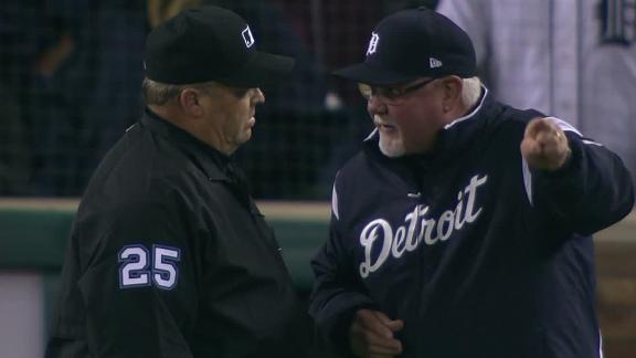Gardenhire tossed after play reversal