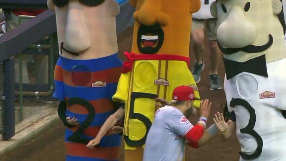 Suarez nearly taken out by sausage race