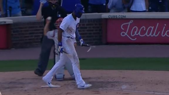 Heyward obliterates bat in frustration