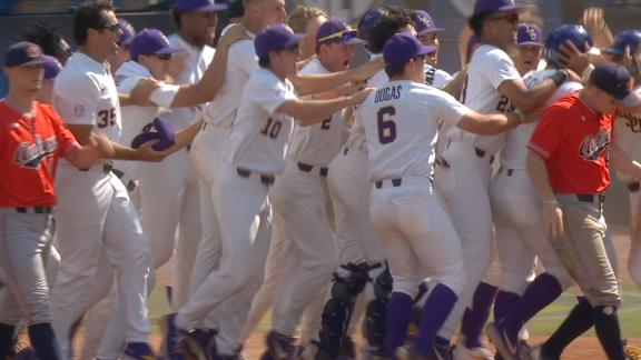 LSU walks off after Auburn's collection of mistakes