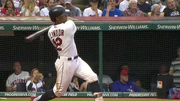 Lindor mashes two dingers to left