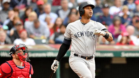 Hicks doubles in extras as Yankees defeat Cleveland