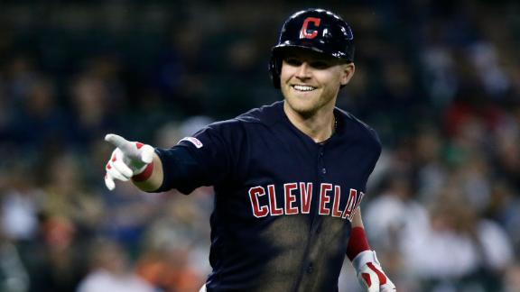 Indians' Bauers becomes 7th DH all time to hit for cycle