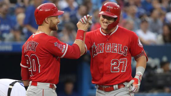 Trout's 7-RBI day helps Angels top Jays