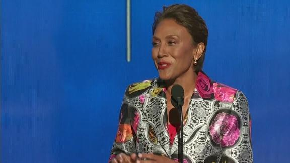 Robin Roberts pays tribute to Craig Sager