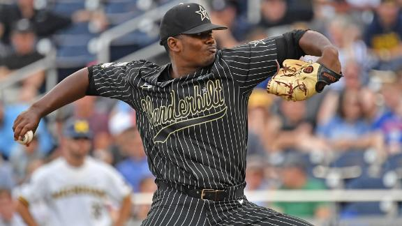 Rocker's performance keeps Vandy in title contention