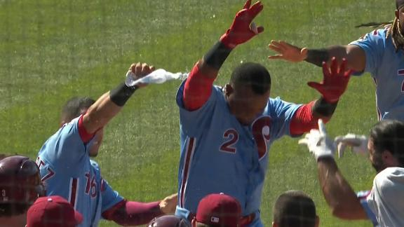 Franco's homer ties game, Segura's blast walks it off