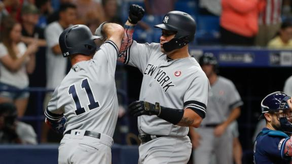 Yankees break out for 5 runs in 10th