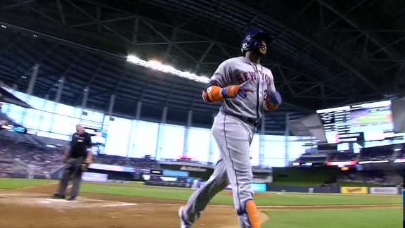 Cano blast pads Mets lead