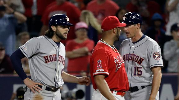 Benches clear after Pujols jaws with Astros' bench