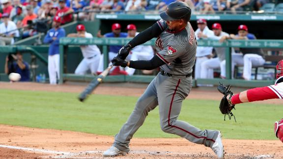 D-backs dominate Rangers 19-4