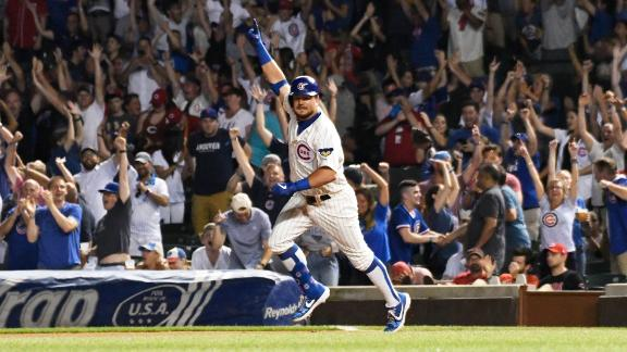 Schwarber smacks walk-off homer in the 10th