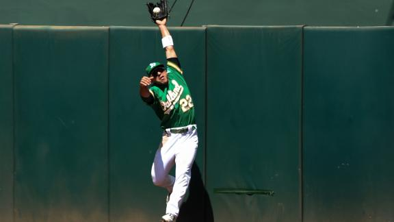 Laureano robs Beckham with sensational grab