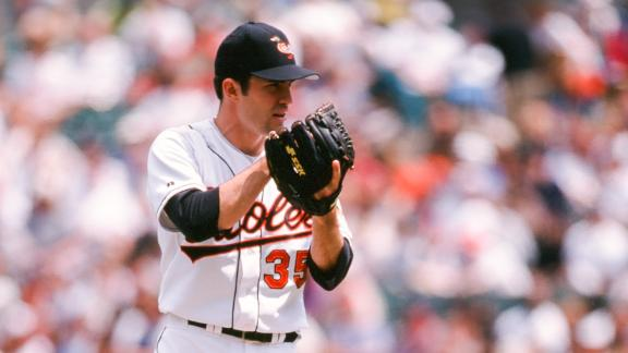 Mussina's years of consistency led to the Hall of Fame