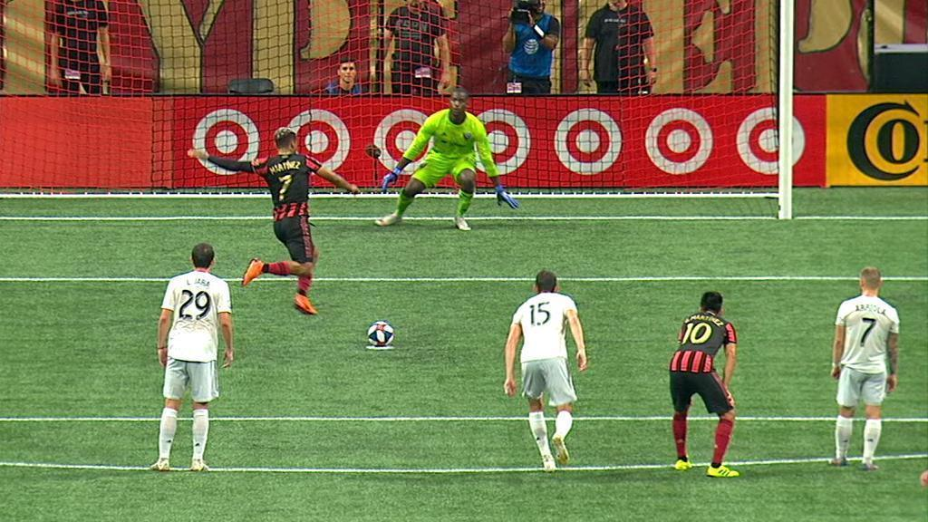 Josef Martinez skies penalty after dramatic run-up