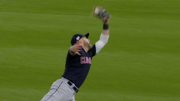 Kipnis makes leaping grab to end the game