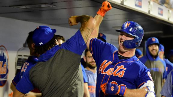 Mets hit 3 7th-inning homers to power comeback win