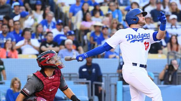 Muncy puts Dodgers on board with solo HR