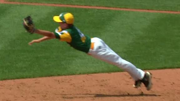 Minnesota little leaguer saves run with diving grab