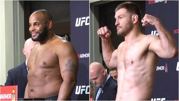 DC, Miocic make weight for title fight
