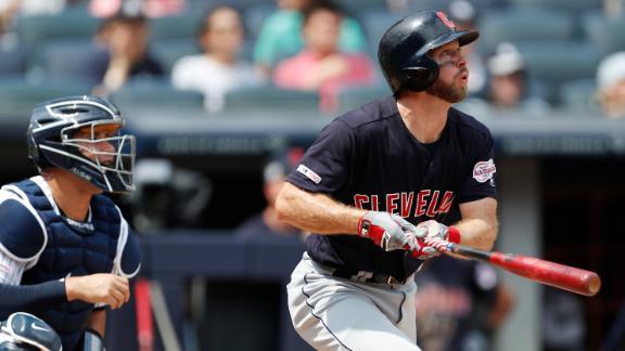 Freeman blasts homer into Yankees' bullpen