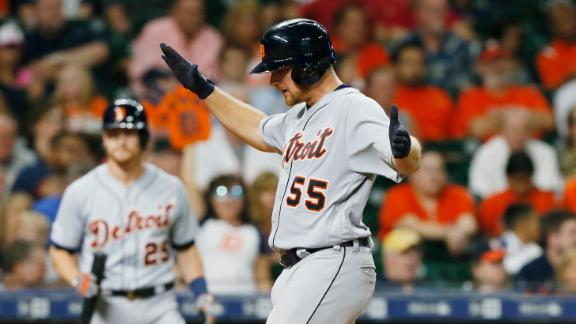 Hicks' HR leads Tigers to historic win