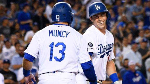 Dodgers hit 5 home runs in win vs. Blue Jays