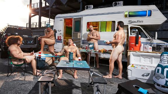 Behind the scenes of the Eagles offensive line Body Issue shoot