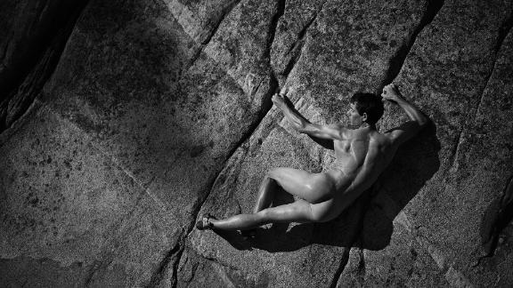 Behind the scenes of Alex Honnold's Body Issue shoot