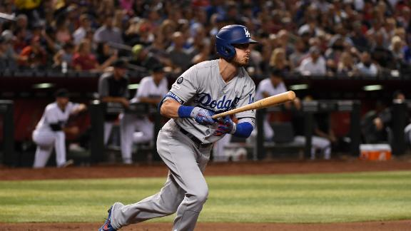 Bellinger's triple puts Dodgers up early