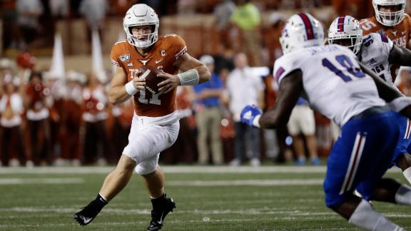 Ehlinger elevates Texas to win with 4-TD performance