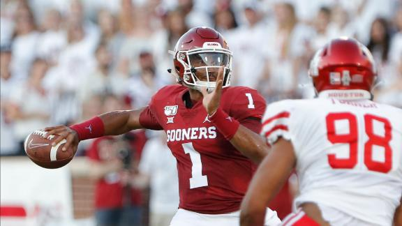Hurts excels in Oklahoma debut