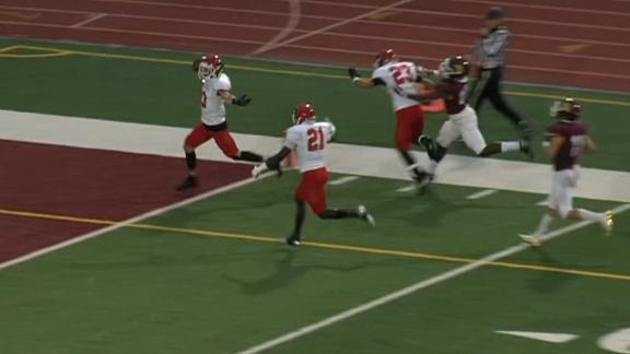 D-II returner turns disaster into incredible 104-yard TD