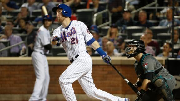 Frazier sparks Mets offense with 3 RBIs