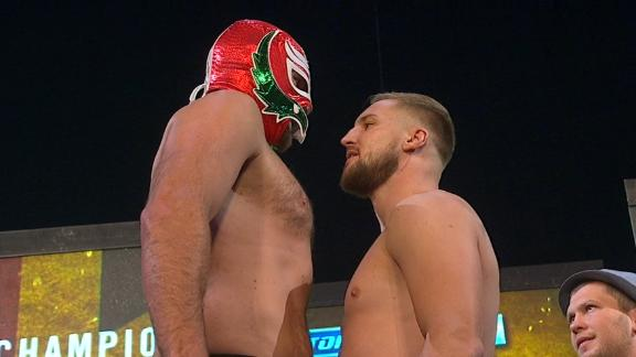 Fury wears mask in staredown with Wallin