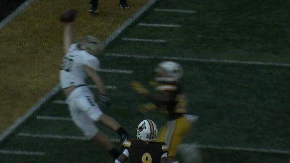 Idaho's Hatten makes incredible one-handed catch