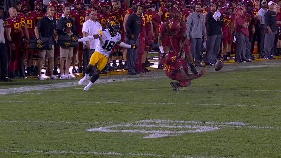 Iowa locks up win after Iowa State muffs punt in brutal fashion