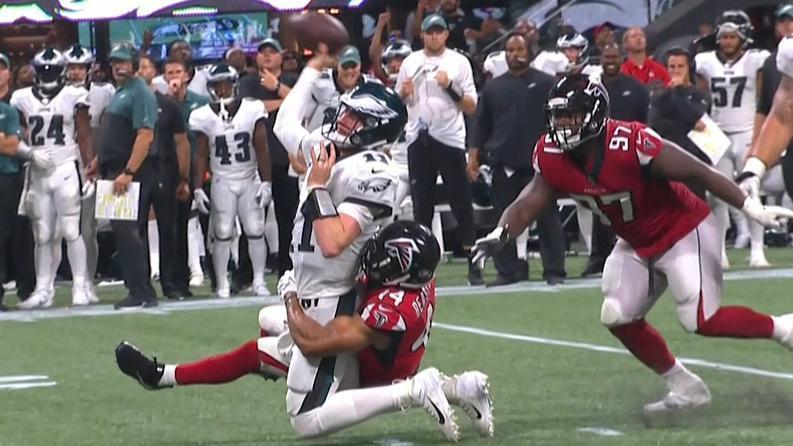 Wentz's wild pass leads to TD and conversion