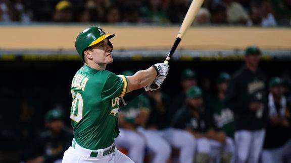 Canha hits a no-doubter and the bat flip to prove it