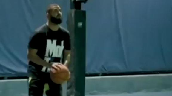 Drake shows off the range in shooting highlight