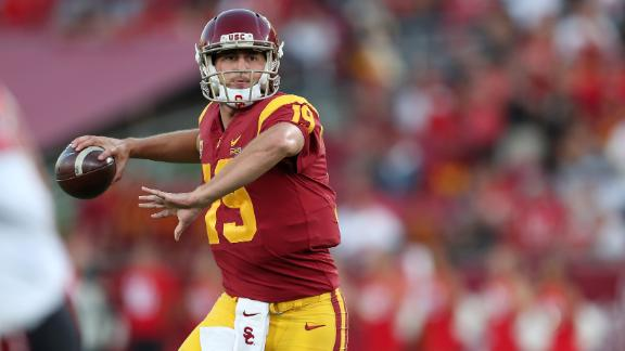 Fink leads USC to upset of Utah with 3 TDs