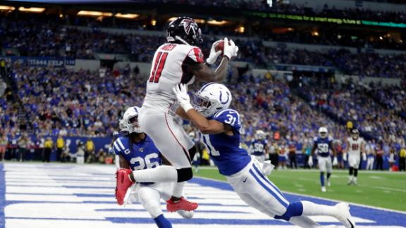 Julio's TD catch puts Falcons within 3