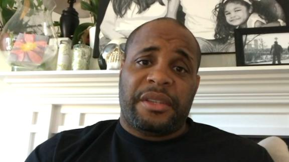Cormier wants third fight with Miocic
