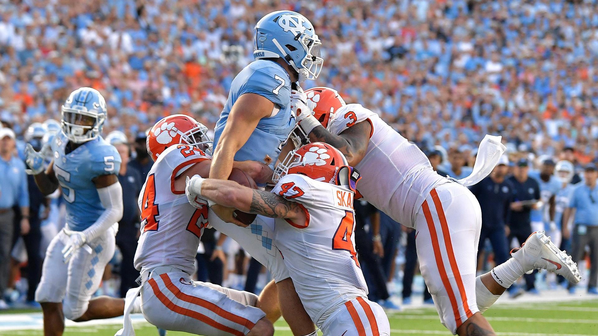 North Carolina scores TD, fails on 2-pt conversion to go ahead