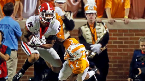 Georgia stays undefeated with balanced win vs. Tennessee
